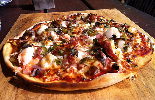 Straddie Seafood Pizza
